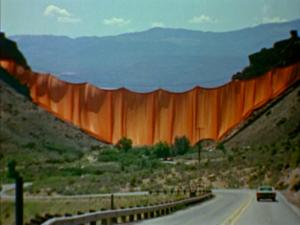 Christo's Valley Curtain (1974) film still | a film by Albert Maysles, David Maysles and Ellen Hovde, USA, 1974, 16mm, 28 mins, color, sound
